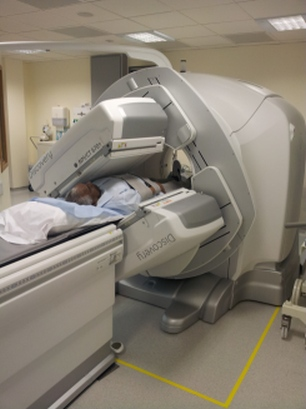 A patient undergoing SAP scan